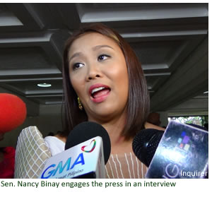 Sen. Nancy Binay engages the press in an interview
